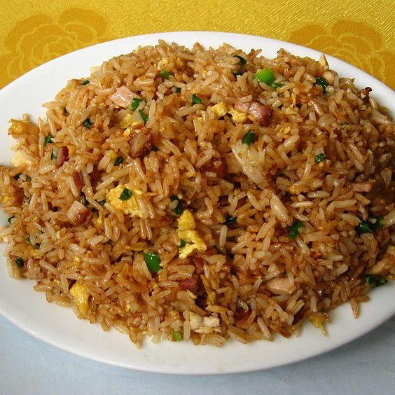 arroz chaufa peruano